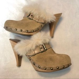 Fornarina Tan Suede Heeled Clogs with Fur Lining